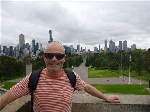 Melbourne from war memorial