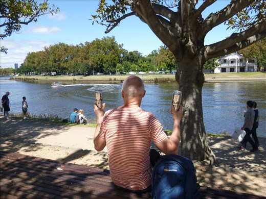 beer o'clock on Yarra river backpacker style