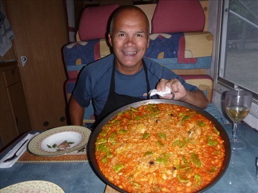 Gourmet tea, chicken and bean paella from top chef Mark (& Mr Stein)
