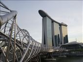 An finally, the iconic marina bay hotel with helix bridge in front: by dawnandmark, Views[230]