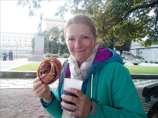 Delish Swedish cinnamon bun