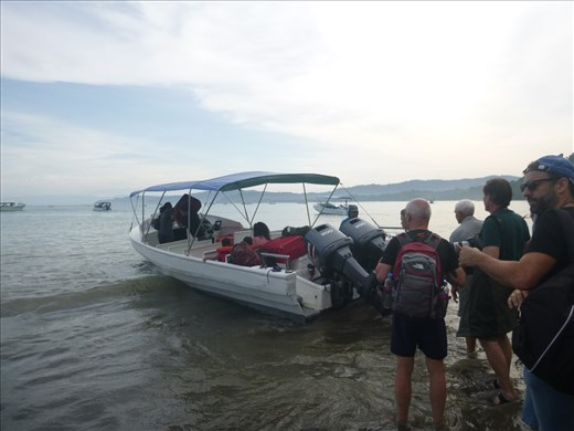 Getting on the boat back to Sierpe, all calm!