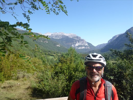 cycling the valle of Echo