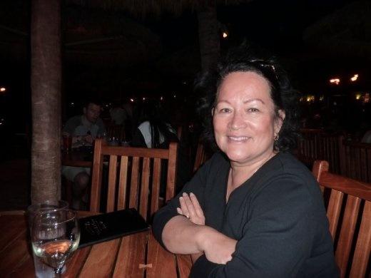 Shirley E @ Duke's on Maui