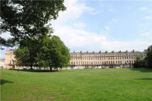 Our new flat in Bath!!! 2nd floor (English) 3rd floor(US) to the left of the tree.