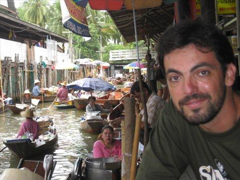 Visita tipica al mercat flotant de Bangkok