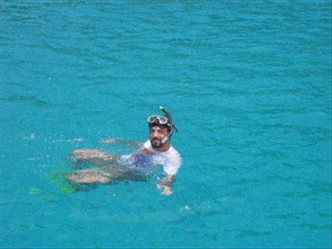 Snorkelling en Koh Tao... despues de ver a los tiburones!!