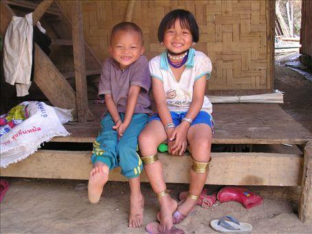 Karen Village in Mae Hong Son....cute smiles!!!