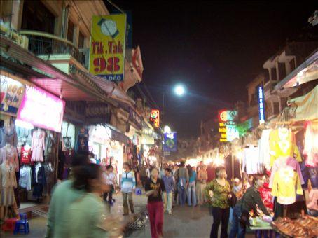 The busy Hanoi nightlife