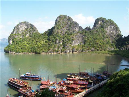 The crags at Halong Bay