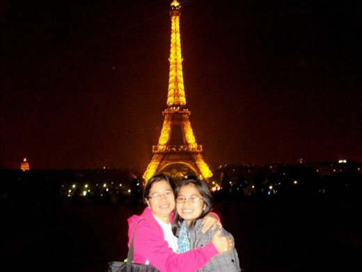 Mommy and I in Paris