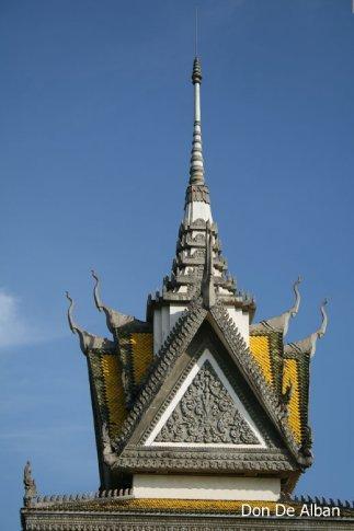 Spire of the Choeung-Ek stupa.