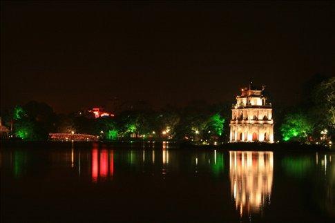 Night lights at Thap Rua (or Tortoise Tower) and the Huc Bridge at the Hoan Kiem Lake.