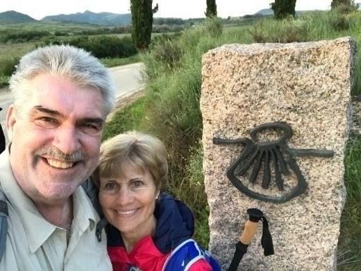 pilgrim sign leaving Logrono