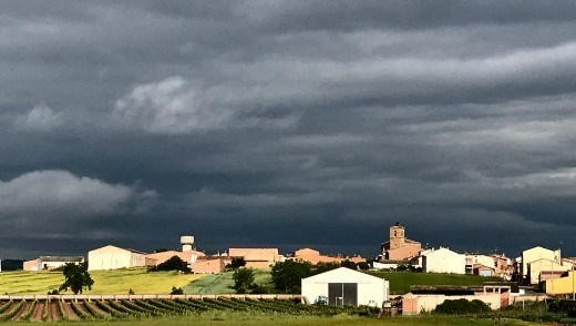 Azofra storm clouds