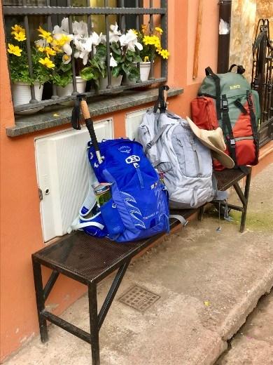 Azofra backpacks