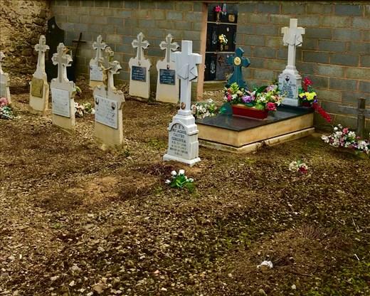 graveyard Viloria