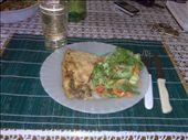 Pastel de carne con ensalada de lechuga: by doreen-b, Views[568]