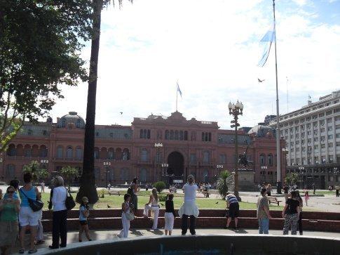 La Casa Rosada (equivalent to our White House)