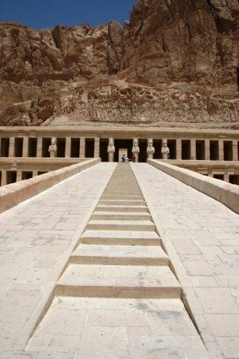 Entrance to Hatshepsut's temple, Dier el-Bahri