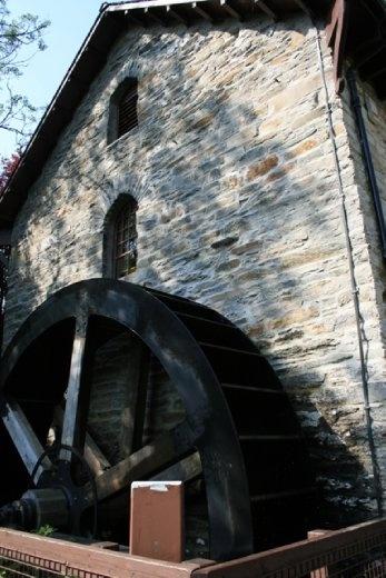 Old waterwheel on the museum in Killin