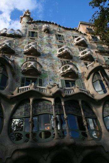 Casa Batllo - restored by Gaudi very handy in helping me find my hostel as it was on the corner of my street.
