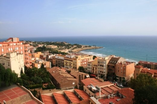 Looking out over the town of Tarragona from the top of the Circ