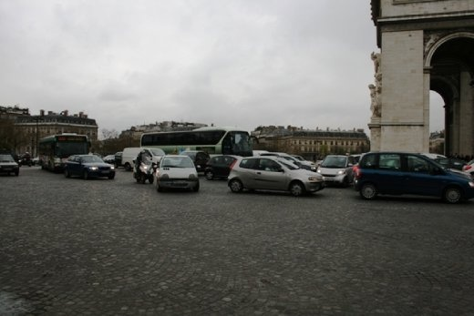 Mad traffic at the Arc du Triomph