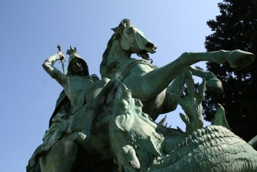 Another monument to St George - this time slaying the dragon
