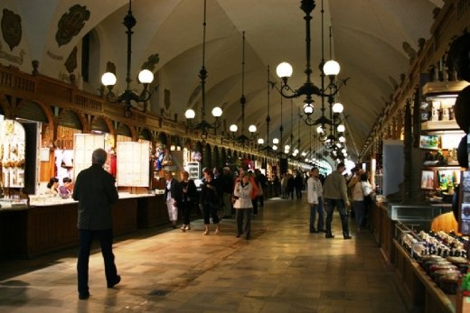 The souvenir market in the old Cloth Hall