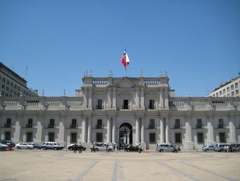 Casa de la moneda santiago chile valparaiso y for Casas en chile santiago