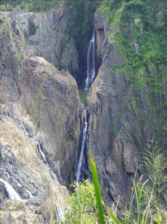 Anotehr pic of the waterfall