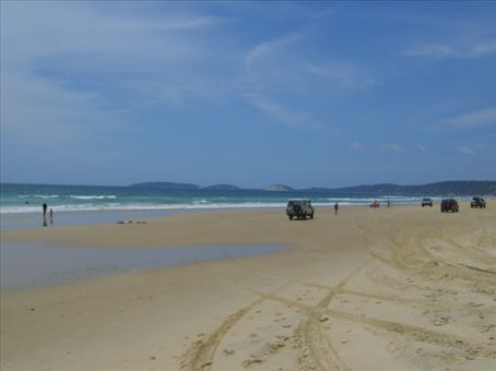 The other way down Rianbow Beach.  All the 4x4s were going to a surf competition further down the beach.