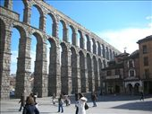 The Roman aqueduct long outliving modern civilization.: by eitakg917, Views[284]