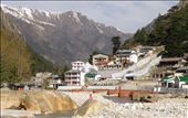 The village Gangotri, holy pligrimage for the many hindus all around the world: by ekaluvya, Views[117]