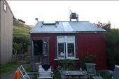 the wwoof house where I hung out with my irish friend watching american idol: by elawlor, Views[269]