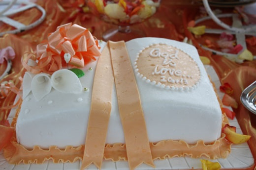 A beautiful wedding cake!