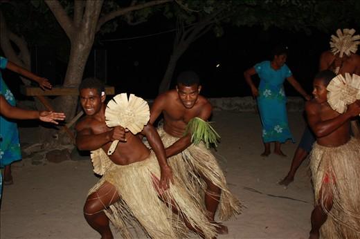 Fiji Dancing