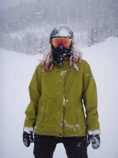 Emma, the snow Emanemone.