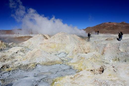 Hot geyseys at around 4500m above sea level.