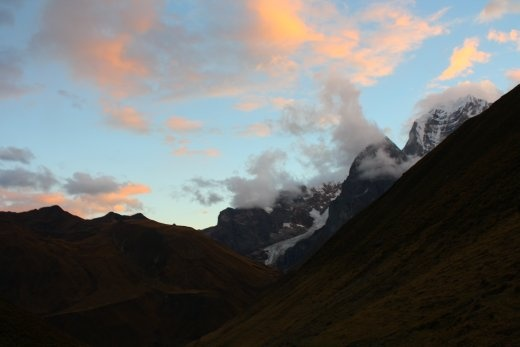 Sunset over mountains over 6,600m tall!