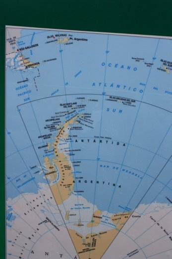 Only 500km to Antarctica! Also, note the Islas Malvinas...