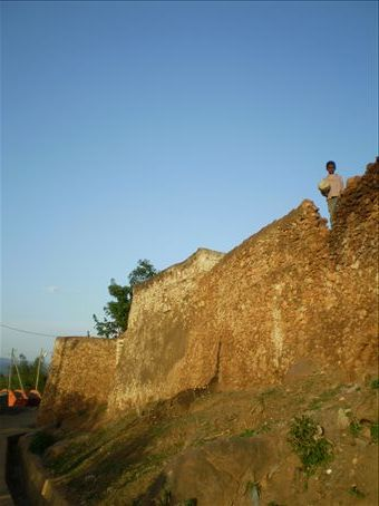 Ancient outer Harar wall plus kid
