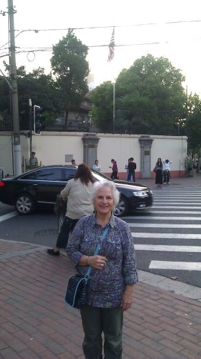 Ebeth in front of the American Consulate - a sneak shot