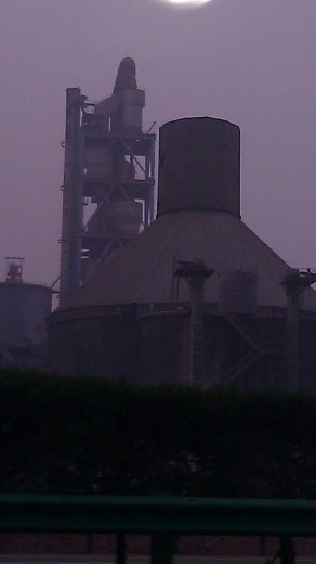 Heavy Industry near Baoji - note the air quality