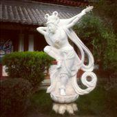 Statue of Yang Guifei at Huaqing Hot Springs: by emacinat, Views[1089]