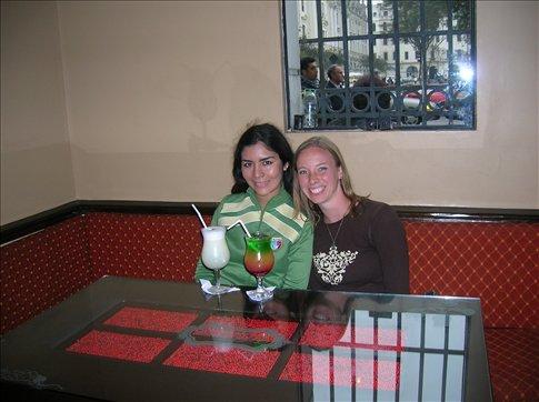 Arabella y yo a Hotel Bolivar por Pisco Sours