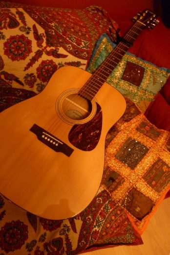 Another of my passion...MUSIC!!! I started to play guitar few years ago. I'm mostly learning by myself! LOVE IT!