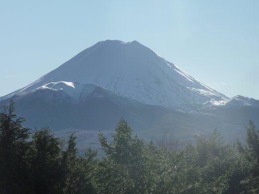 Mount Ngauruhoe..mais mieux connu sous le nom de Mount Doom (acteur clef dans le Seigneur des Anneaux)