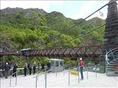 eh bien le voila... le pont ou le premier saut en bungee au monde a eu lieu!: by emilpeace, Views[304]
